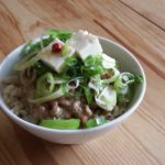 豆腐オリーブオイル漬け納豆丼