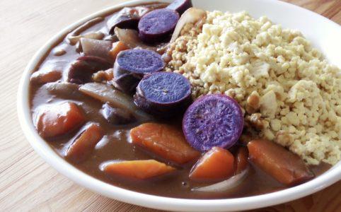 豆腐と紅芋のカレーライス