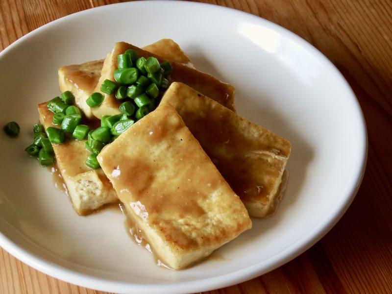 わさび醤油あんかけ豆腐ステーキ