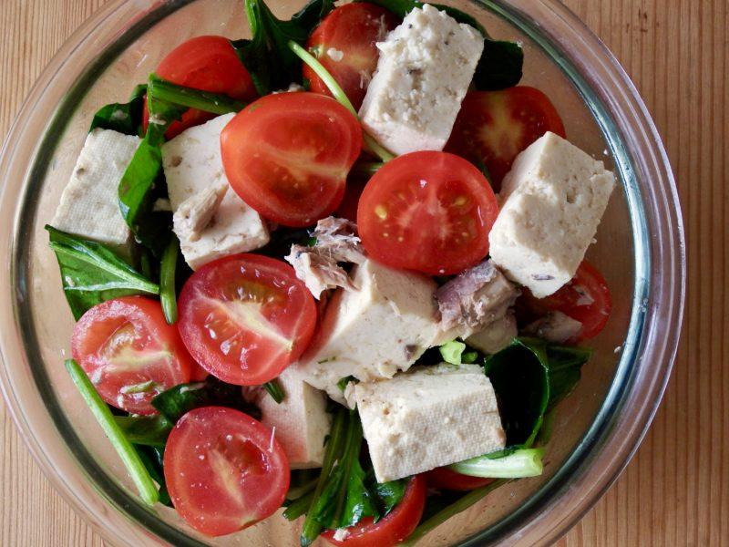 ほうれん草とトマトの豆腐サラダ