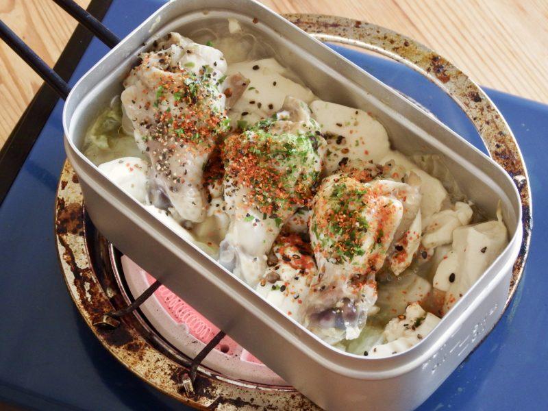 豆腐とキャベツの手羽元煮込み