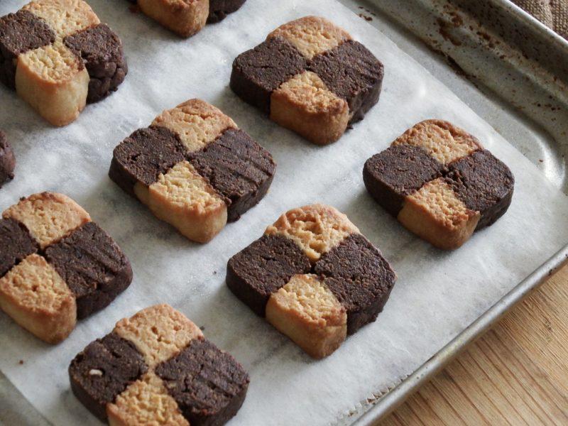 市松模様の大豆粉クッキー